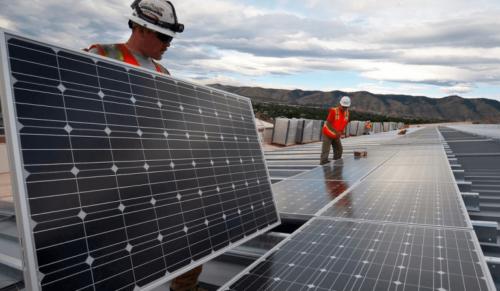 commercial-solar-panels-at-Florida-1080x628-768x447